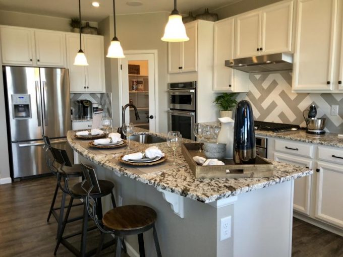 Meritage Homes at Inspiration in Aurora Colorado - Glacier model